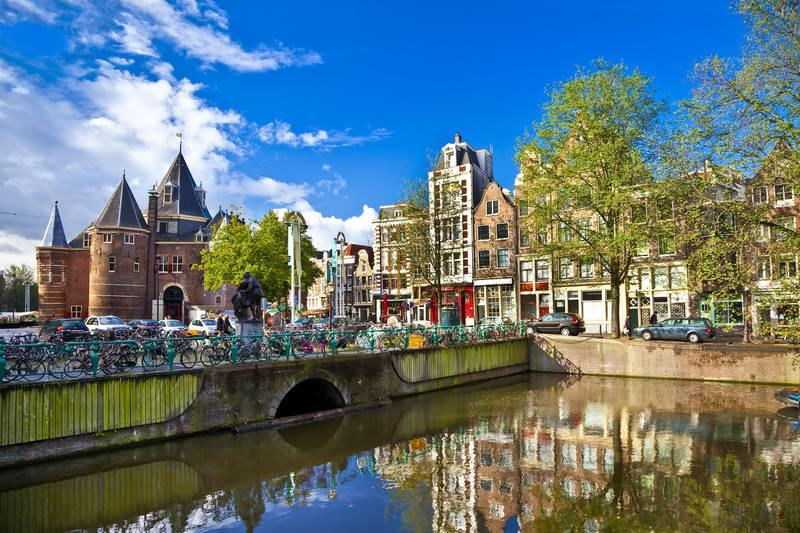 Фотообои под заказ Амстердам