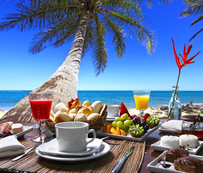 Утро, завтрак у моря красивые картинки