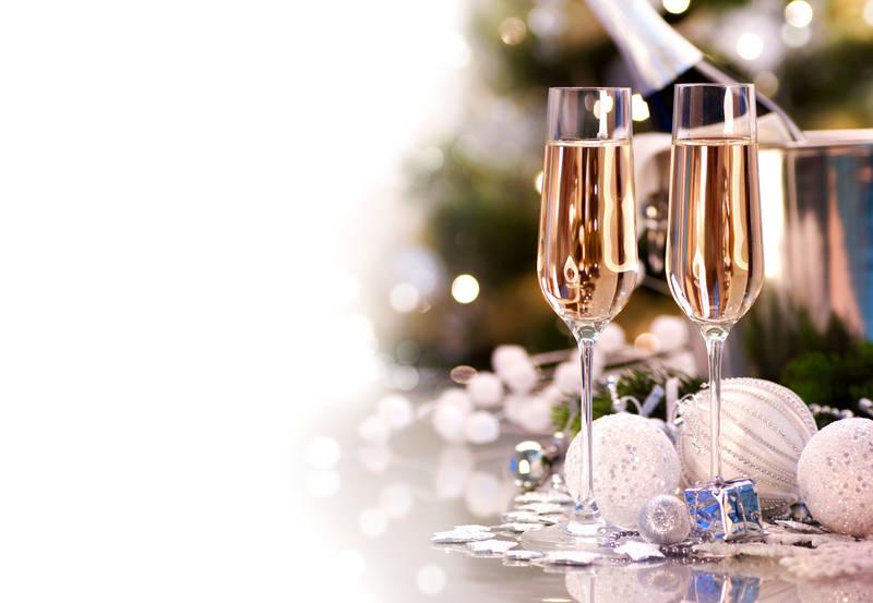 Японские панели Два бокала шампанского
