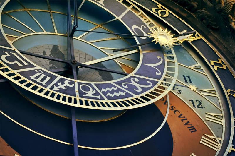Рольшторы Механические часы