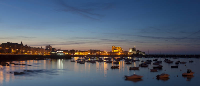 Город на берегу