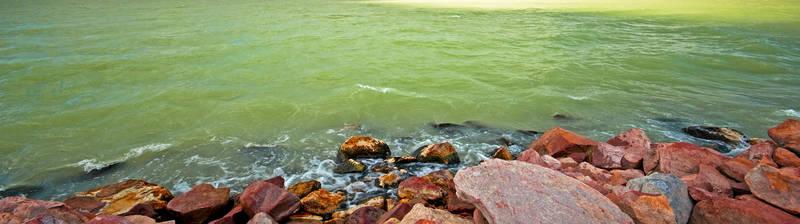Скинали для кухни Каменистый берег моря