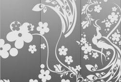 Цветы и павлин