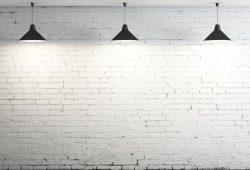 Кирпичная стена с лампами, дизайн #06143